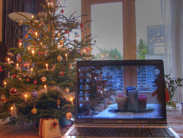 christmas laptop_smaller