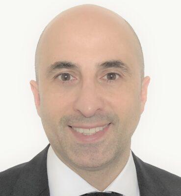 Aydin Farrokhi Headshot