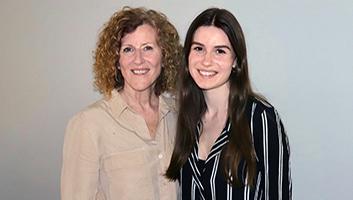 Rachel West and her Mom